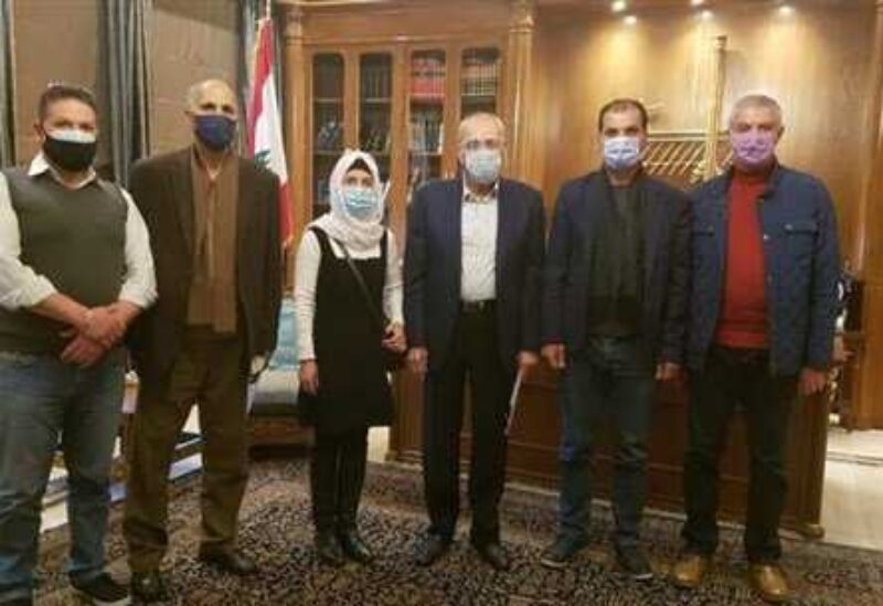 Speaker Nabih Berri with a delegation of the association for the families of Lebanese students abroad.