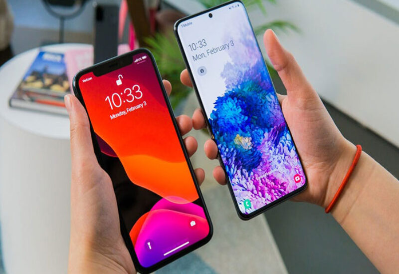 Samsung and Apple phones