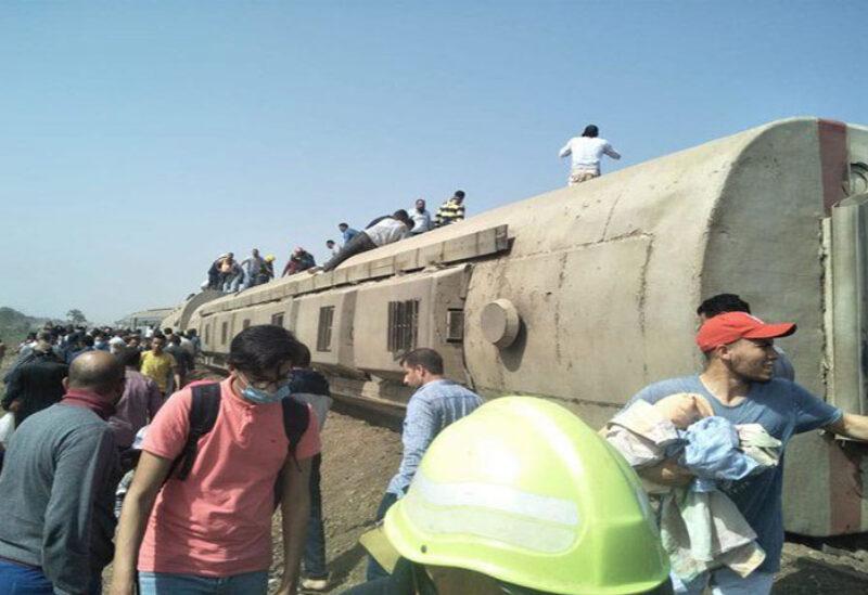 Train derails in Egypt