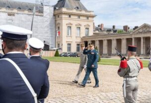Army commander at the Elysee