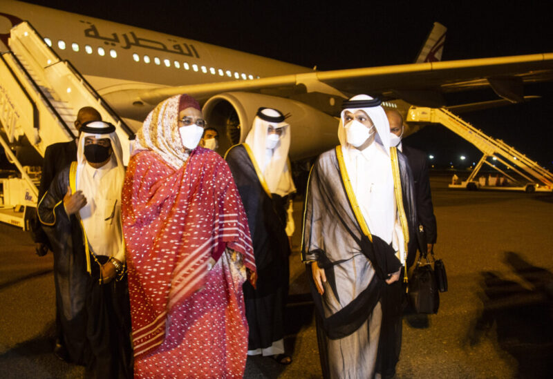 Qatari Foreign Minister Mohammed bin Abdulrahman Al-Thani and Sudanese Foreign Minister Mariam Sadiq Al-Mahdi