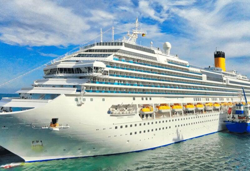 Ship cruises in Spain