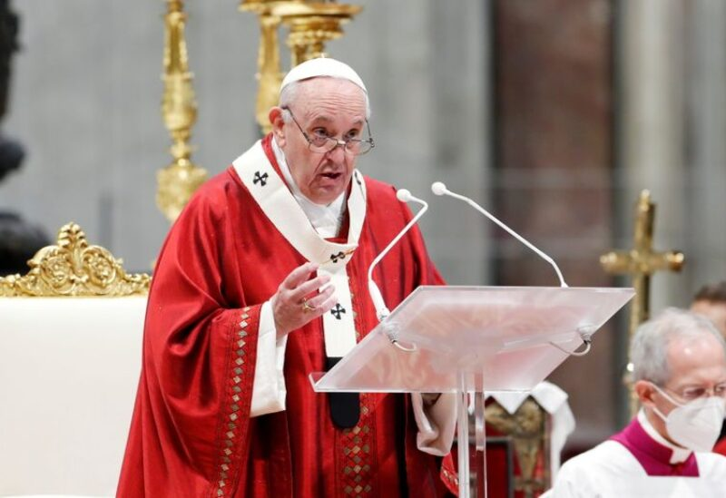FILE PHOTO: Pope Francis leads the Pentecost Mass at St. Peter's Basilica at the Vatican May 23, 2021. REUTERS