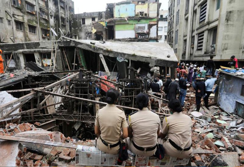 At least 11 dead, including eight children, in Mumbai building collapse    Sawt Beirut International