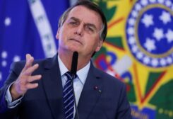 Bolsonaro speaks during the opening ceremony of the Communications Week at the Planalto Palace in Brasilia, Brazil May 5, 2021. (Reuters/Ueslei Marcelino)