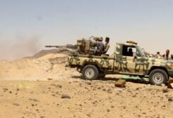 A Yemeni government fighter fires a vehicle-mounted weapon at a frontline position during fighting against Houthi fighters in Marib, Yemen March 28, 2021. Picture taken March 28, 2021. (File photo: Reuters)